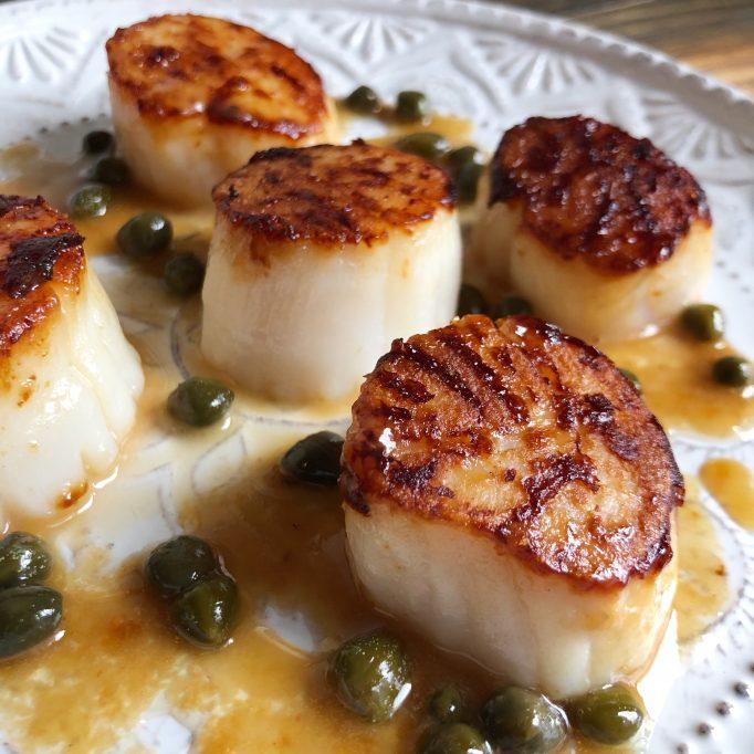 Seared scallops piccata