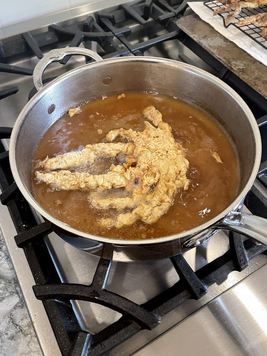Picture of frying soft shell crab